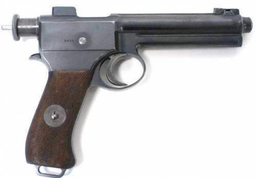Самозарядный пистолет Roth Steyr model 1907, вид справа.